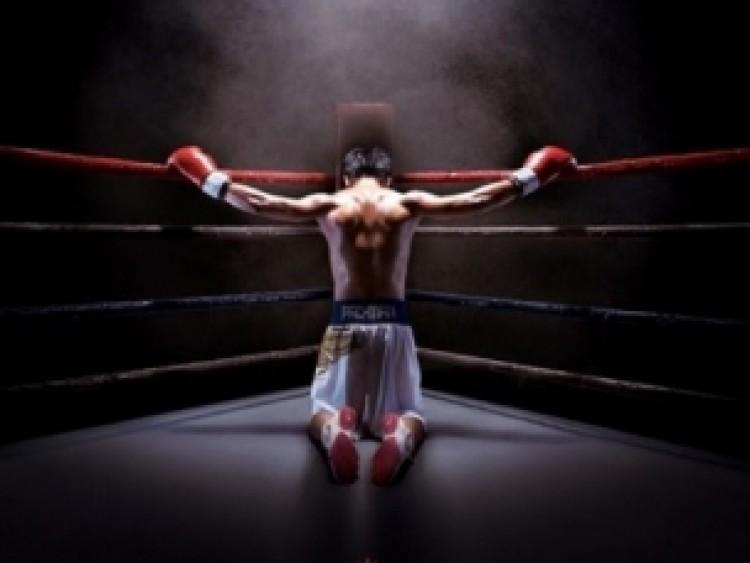 Ez volt az év bokszmeccse, nem Mayweatherék szélhámossága!