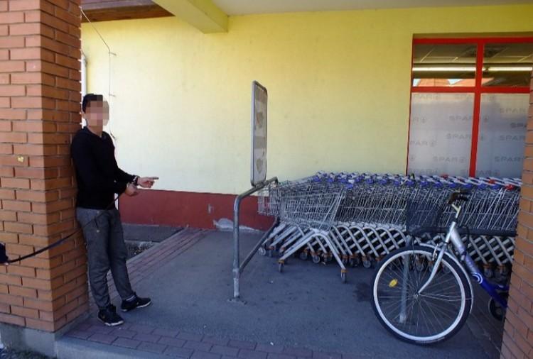Ketten nyolc biciklit loptak Mezőkövesden