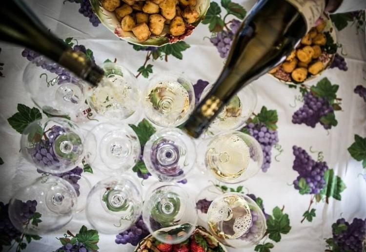 Ínycsiklandó borok, pikáns ételek - kell ennél több, miskolciak?