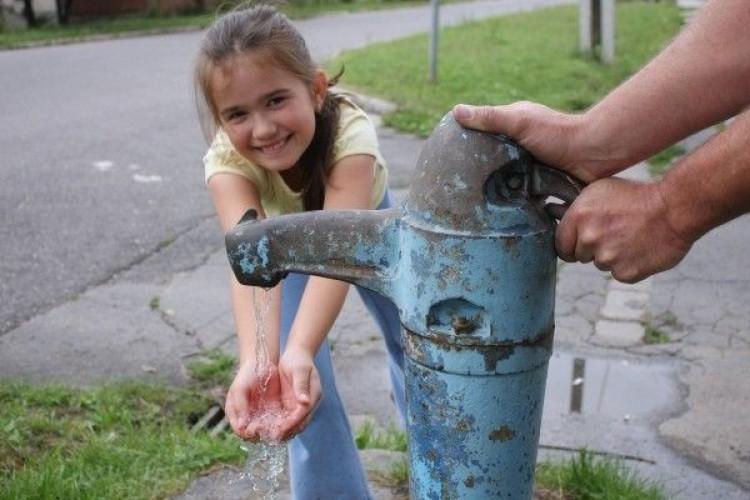 Vízért kiáltottak egy utca lakói Miskolctapolcán