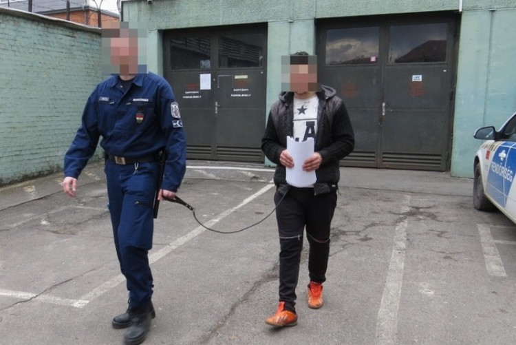 80 éves nőre támadt Miskolcon, már őrizetben van