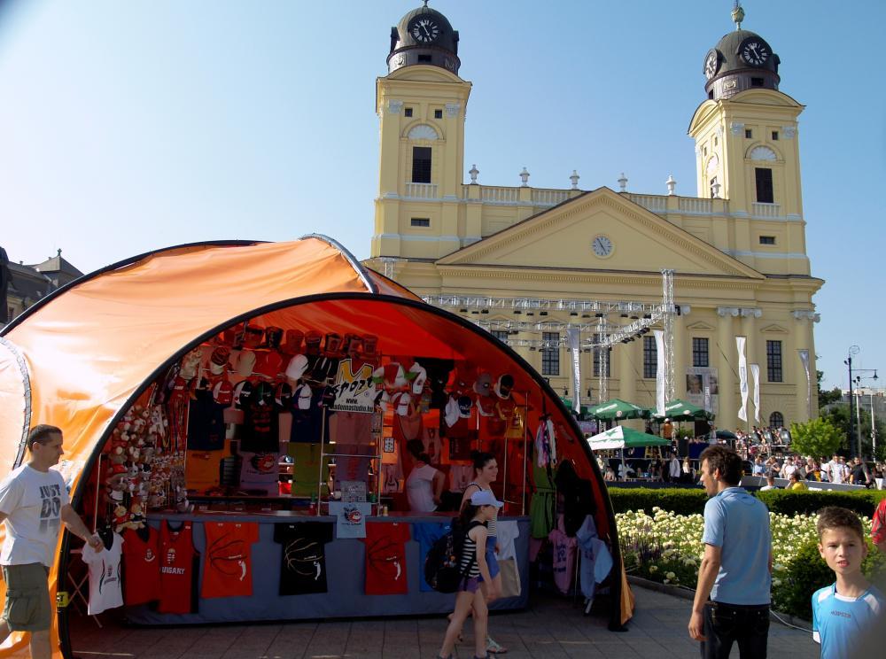 Folytatódik Debrecenben a négynapos őrület