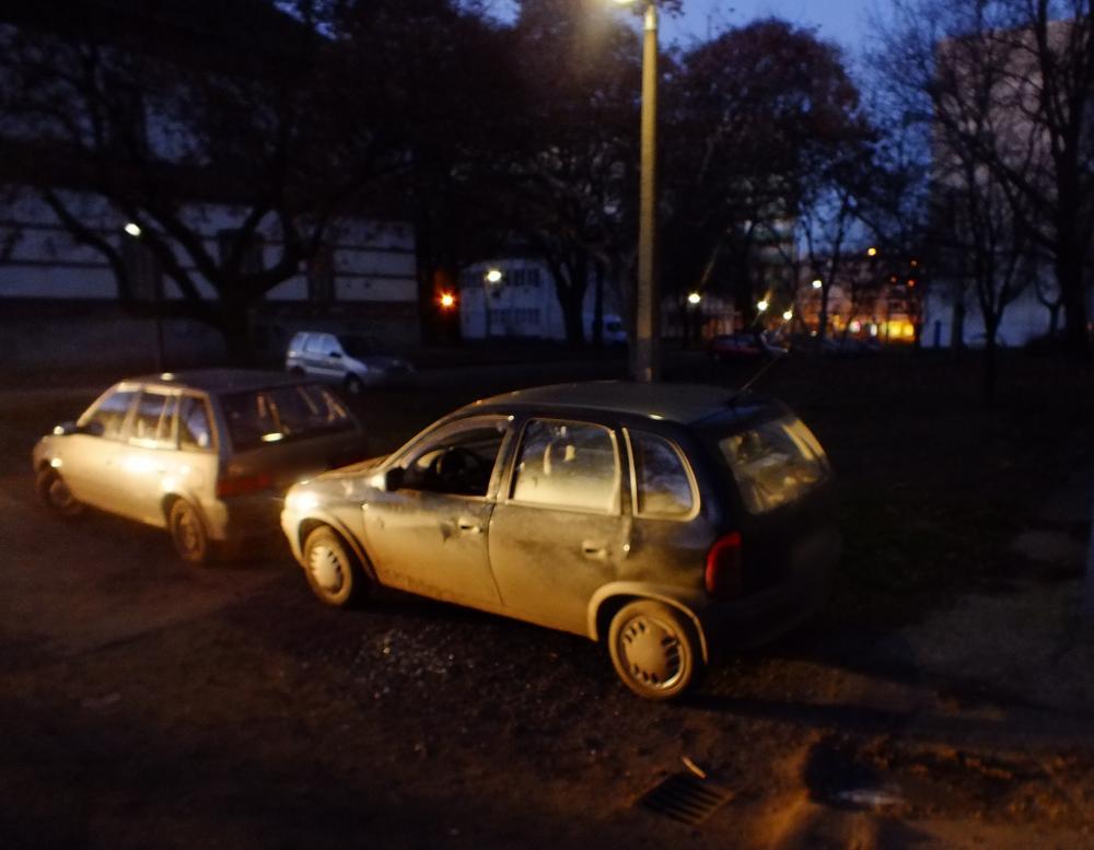 Feltört egy autót egy 14 éves Debrecenben, majd gusztustalan dolgot művelt