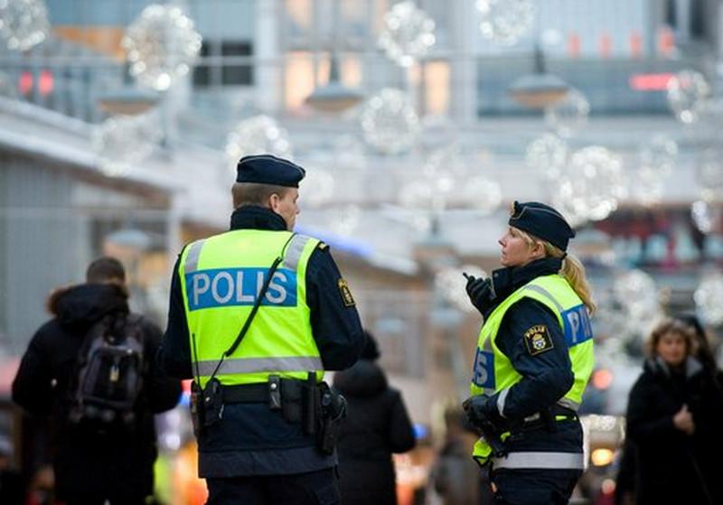 Tinédzsereket zaklattak a migránsok Svédországban