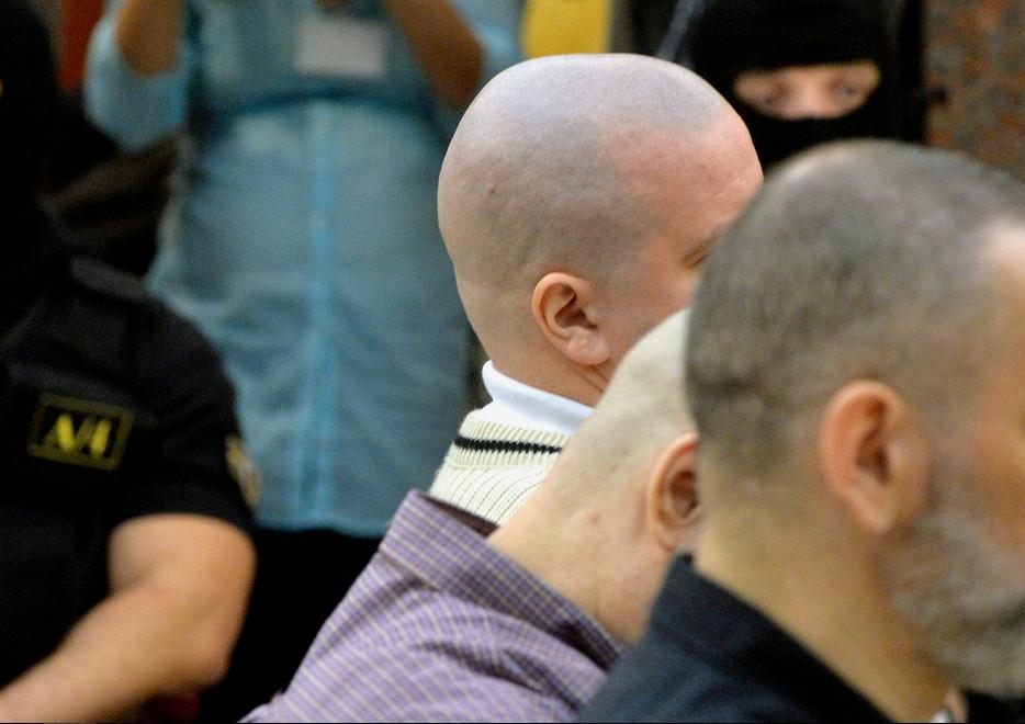 A debreceni halálbrigád tagjai a börtönben halnak meg
