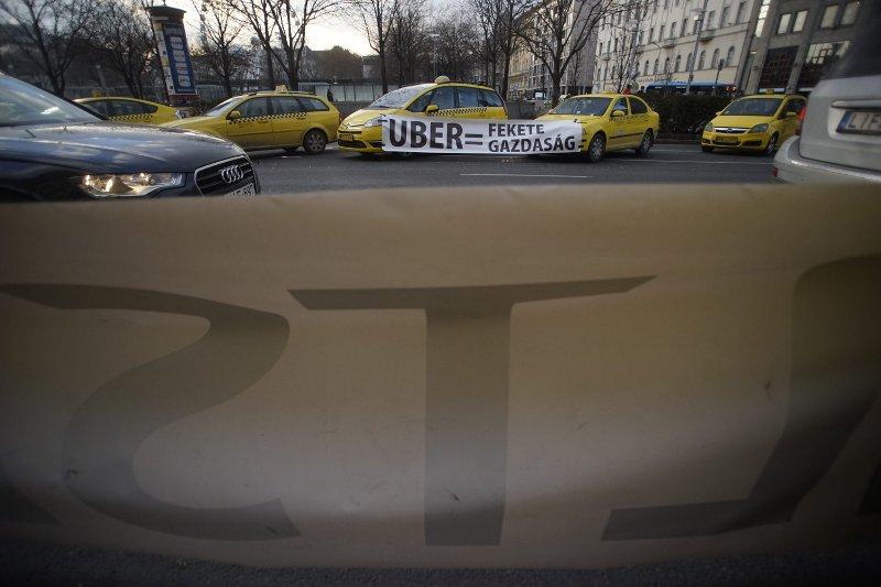 Hamarosan csak a taxisok uberezhetnek