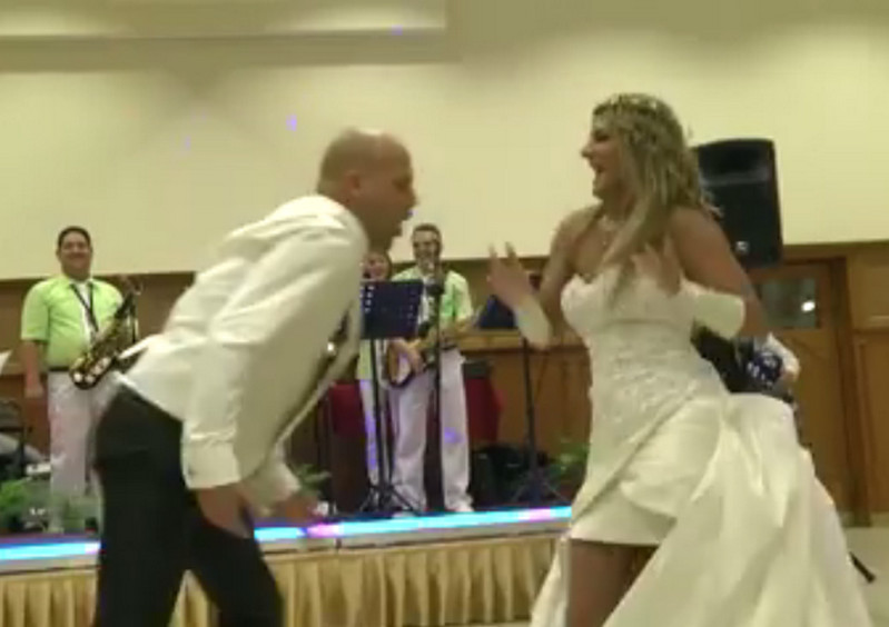 Hasít a debreceni pár esküvői videója