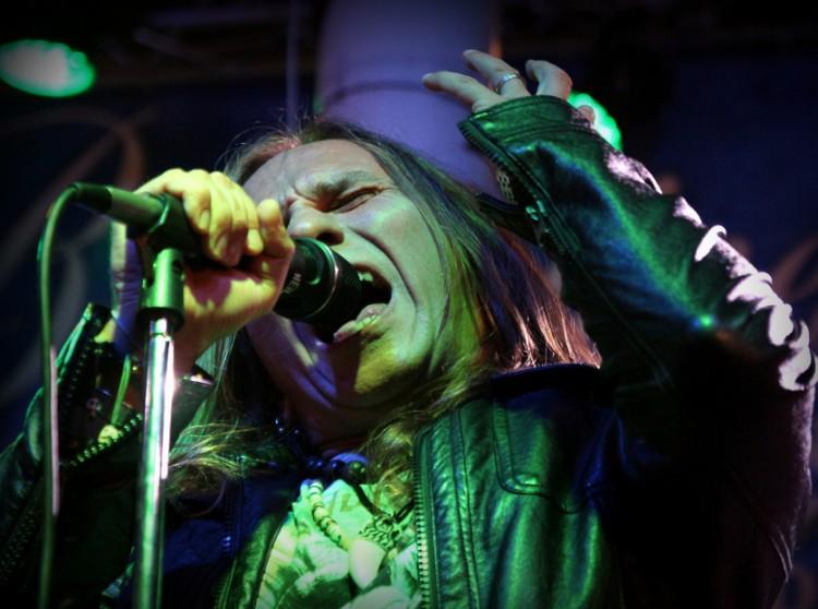 Debreceni rocker énekelt a Fradinak