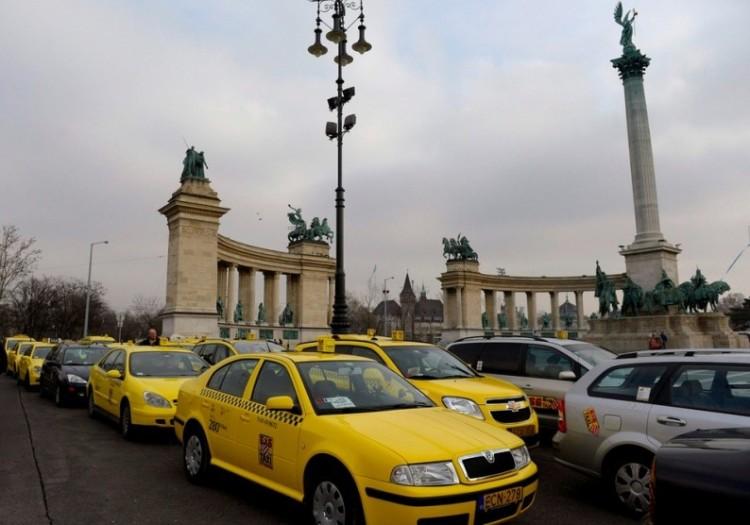 Pesti taxisnak születni kell