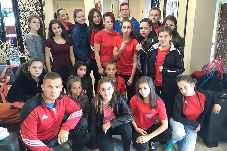 A debreceni nők hadházi segítséggel a legerősebbek