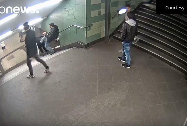 Elkapták a berlini lépcsős támadót