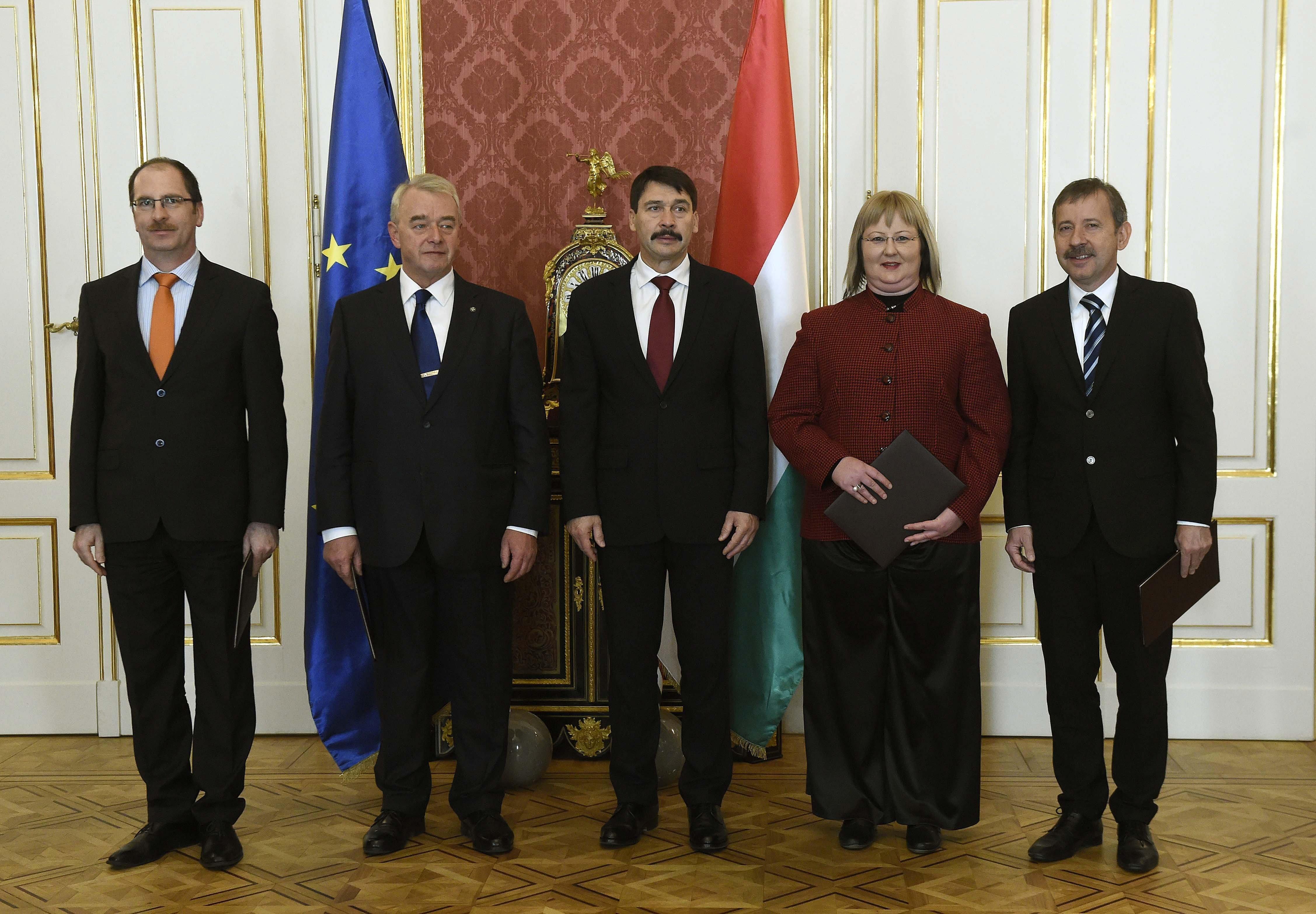 Debrecenben végzett az Egerbe kinevezett rektor