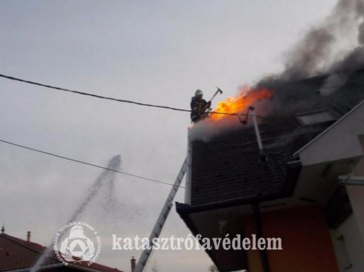 Nagy tűz volt a Gázvezeték utcán