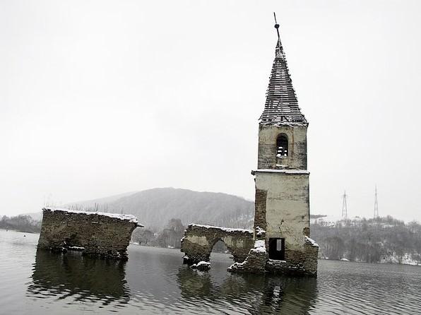 Látható lesz a víz alatti magyar falu