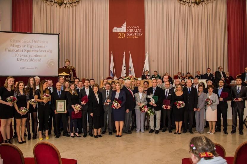 Kitüntették a Debreceni Egyetem testnevelőjét