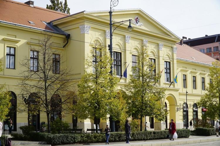 Hinnye! Debrecen nagyvárossá vált