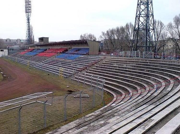 Kezdődhet az újabb stadion építése