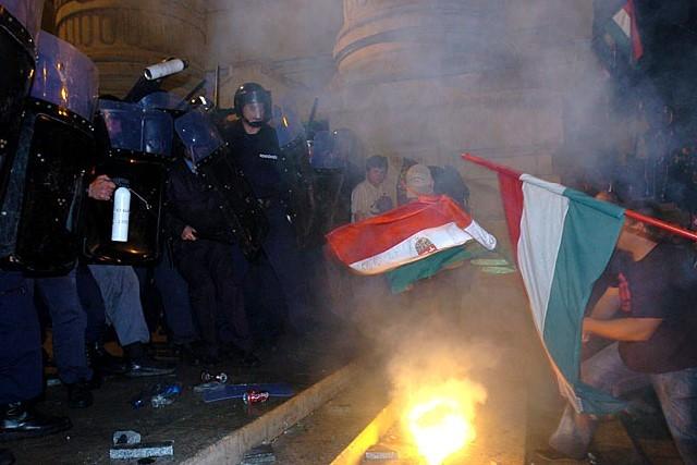 """Debrecenből szervezték a """"spontán"""" népharagot 2006-ban?"""