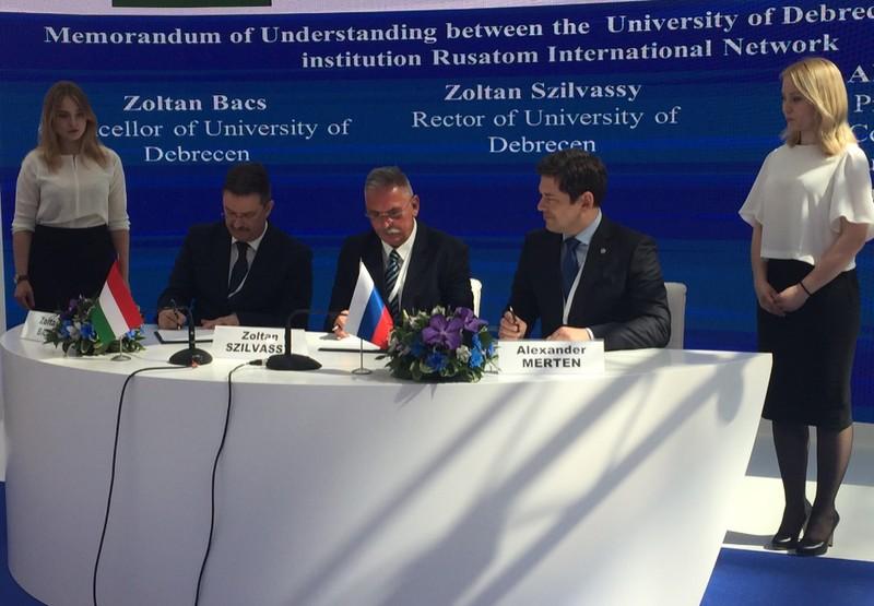 Sokrétű együttműködést tervez a Debreceni Egyetem és a Roszatom