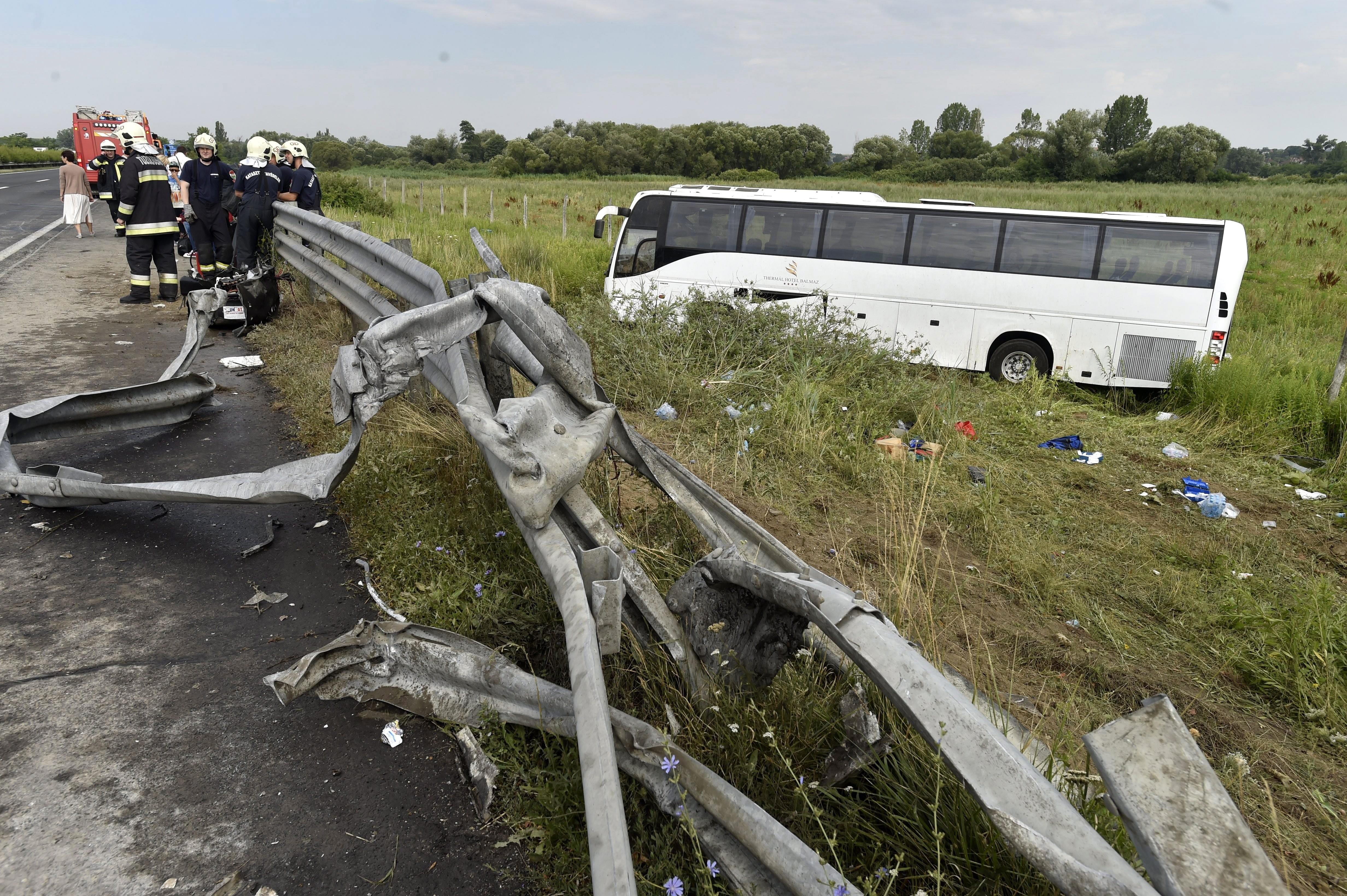 Dráma Pest megyében: több mint 40 sérült