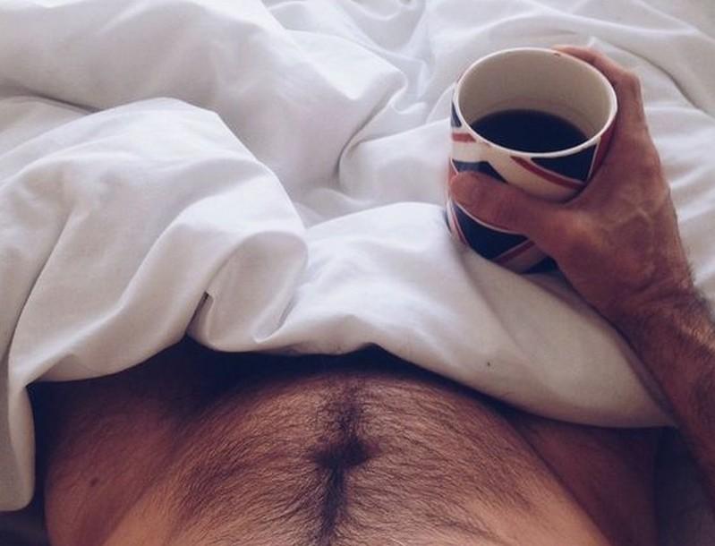 Tovább él, aki kávézik