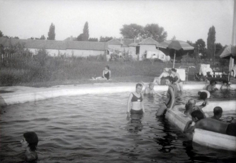 50 éves a kisújszállási fürdő