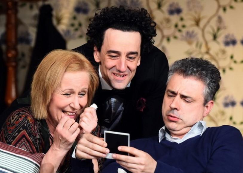 Szép estéket, Debrecen! - bérleteket kínál a Csokonai Színház
