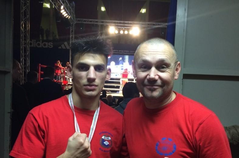 Kovács Ricsi is kiesett - beteg a magyar boksz