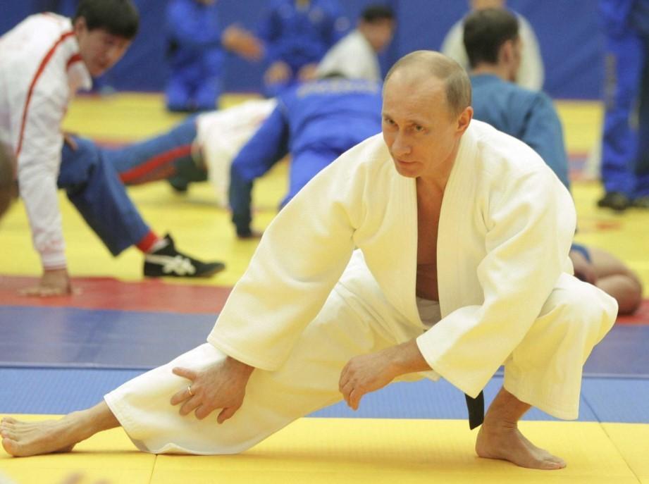 Putyin elkíséri Budapestre a szerelmét