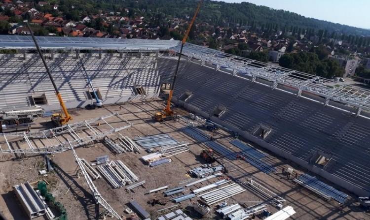A miskolci stadionépítés lendületben - Fotók!