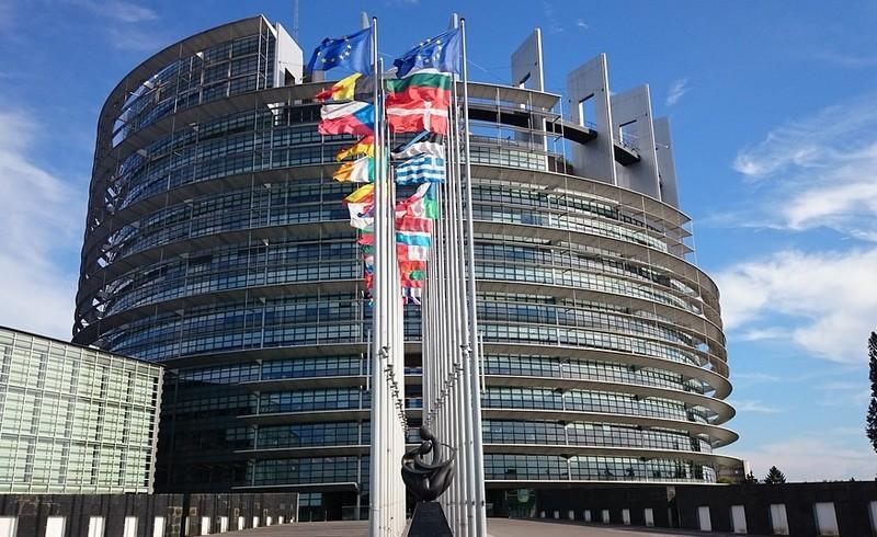 Az Európai Parlament elítéli az ukrán kisebbségellenes törvényt