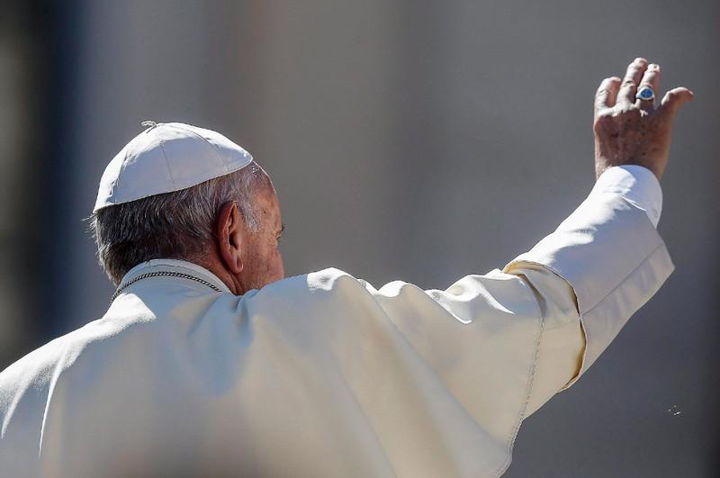Nem ízlett a pápai ebéd, megszöktek a rabok