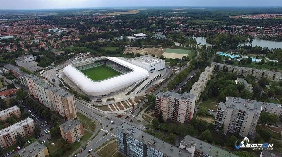 Átadták az újabb európai szintű stadiont Magyarországon