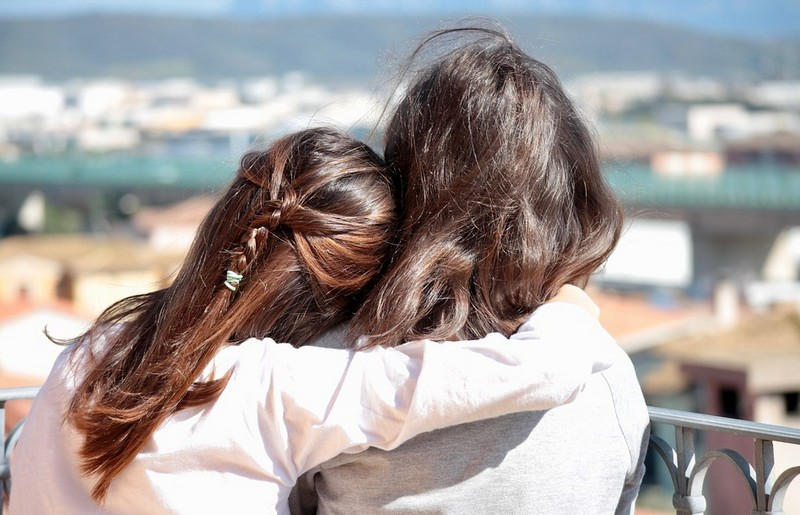 Ingyen ölelés Debrecenben mindenkinek
