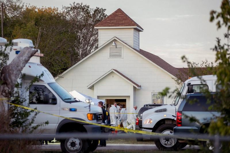 Öngyilkos lett a texasi ámokfutó