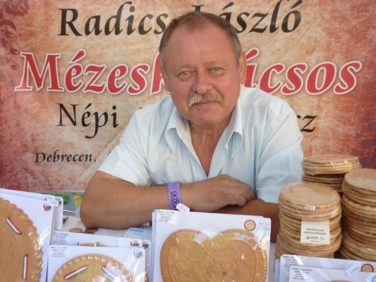 Az ország legjobb mestere mutatja be mézes tudományát Debrecenben