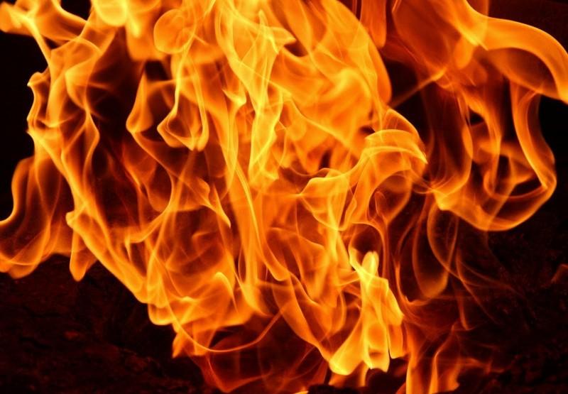 Hatalmas lángok csaptak fel Debrecen belvárosában