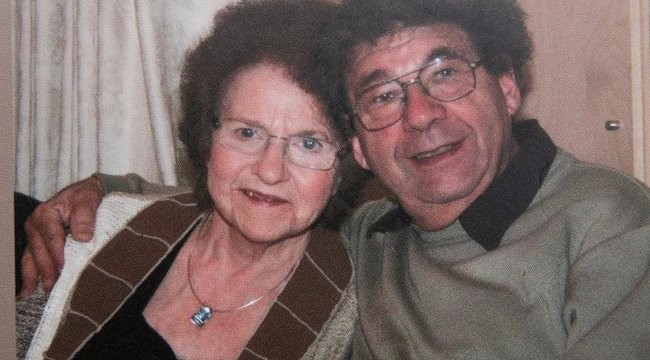 Hét évig fizette elhunyt felesége telefonszámláját
