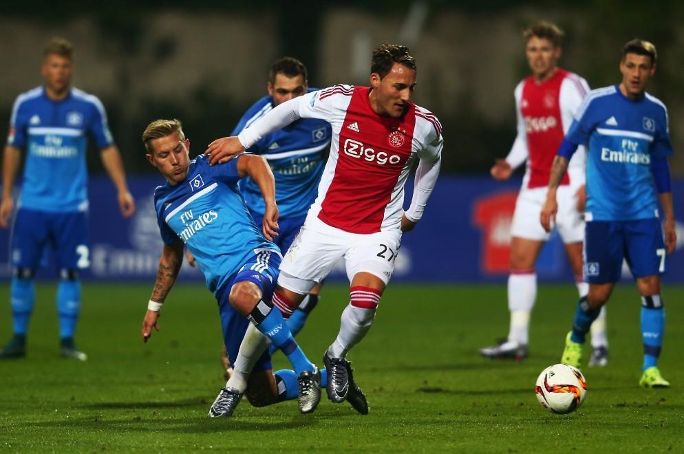 A magyar szintjére süllyed a holland foci?