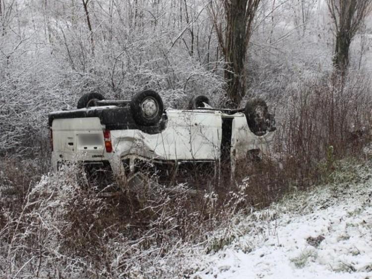Felborította a hó Debrecen mellett