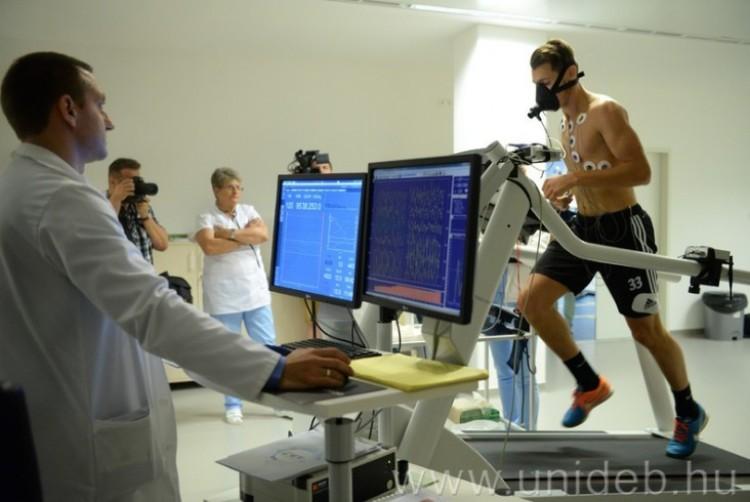 Debreceni részvétellel fejlesztik csúcsra a sportdiagnosztikát