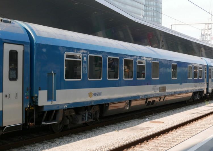 Így közlekednek a vonatok szilveszterkor