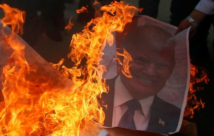 A palesztinok háborút hirdettek a zsidók és Amerika ellen