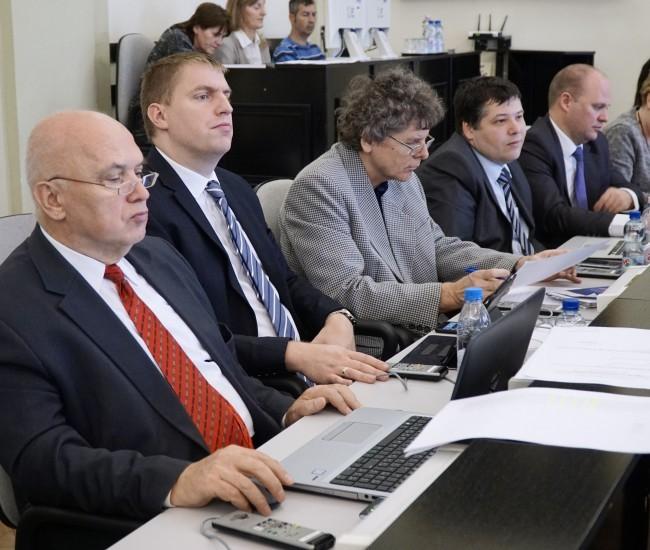 Fidesz–KDNP: hazugság, amit a Civil Fórum az utakról állít