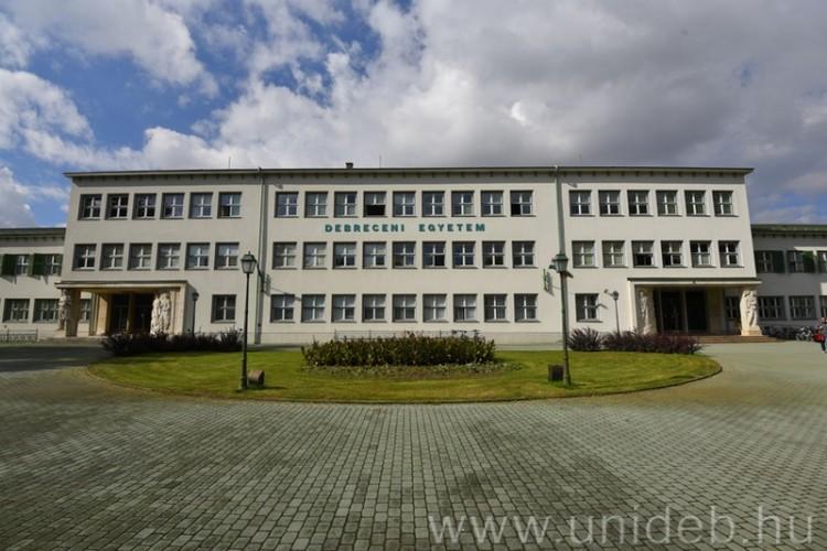 150 éves, világszínvonalú képzés Debrecenben