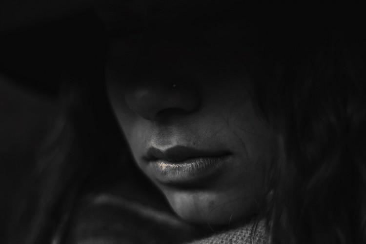 Éveken keresztül erőszakolt a nevelőapja egy debreceni kollégistát