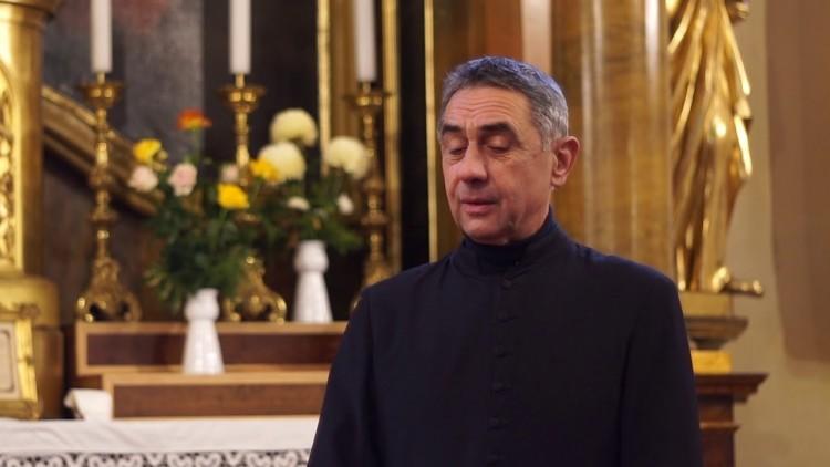 A katolikus egyház kőkeményen kampányol Hódmezővásárhelyen