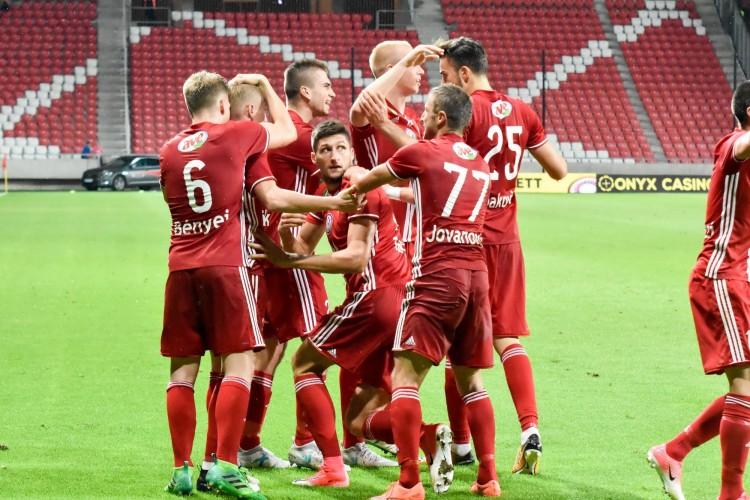 Az MLSZ kiszámolta, mennyit keresnek a magyar focisták