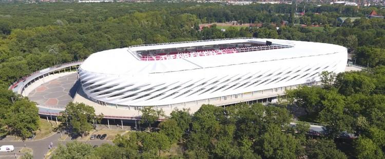 Az asztalitenisz is helyet kap a debreceni stadionban