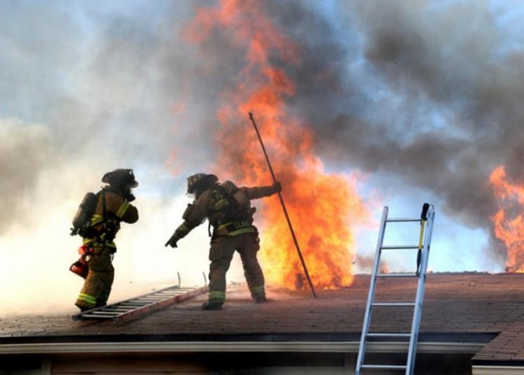 Leégett egy ház Püspökladányban